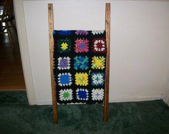 Leaning Wood / Quilt / Blanket /Towel / Pot / Scarf / Ladder