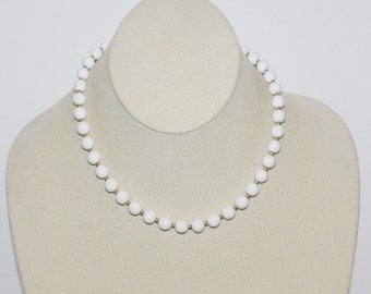 Vintage Beaded Necklace White Beads                              -    S788