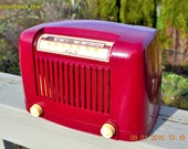 CRANBERRY Cocktail Art Deco Industrial Retro 1948 Addison Model 55 Bakelite AM Tube AM Radio Works!