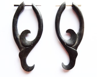 Alternative Elaborate Carved Wooden Claw Earrings - Natural Wood Fake Gauges - Flower Tropical