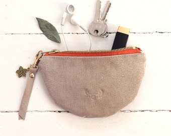 Recycled leather pouch / 100% repurposed suede beige leather