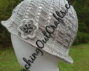Swirled Thread Cloche