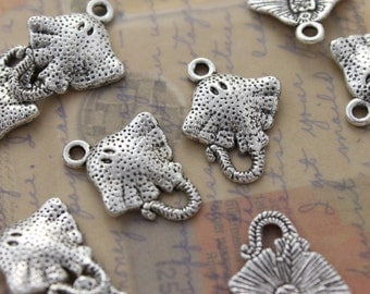 10 Stingray Charms Stingray Pendants Antiqued Silver Tone Double Sided 15 x 17 mm