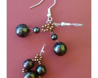 Metallic and gold beaded earrings plus pendant set