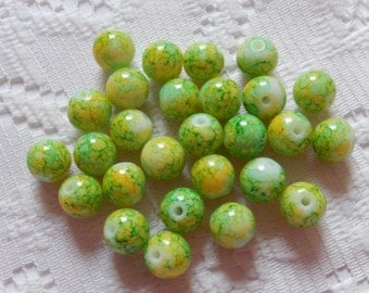 27  Green Lime Green & Yellow Veined Round Glass Beads  8mm