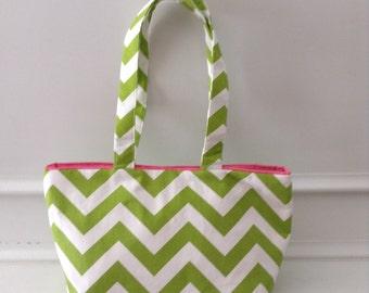 Green and white chevron shoulder bag