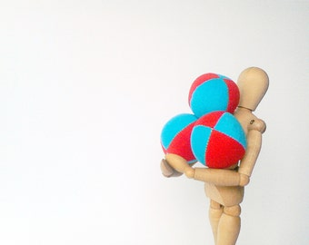 3 handmade mini lightweight, 2inch juggling balls in red&blue