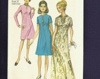 "Vintage 1970  Simplicity 9034 Slimming ""A"" Line Dress with French Darts & Split Neckline Size 14.5 UNCUT"