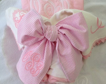 Baby Gift Set, Baby Swaddle,  Personalized Quilted Blanket, Burp Cloths, Swaddle Bow