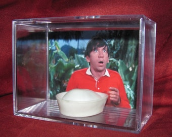 """Gilligan's Island """"In Color""""Hat display/NEW Unique!!!..(We Combine Shipping)..(Found It Floating in the Water)"""