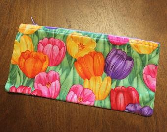 Tulip Zipper Pouch