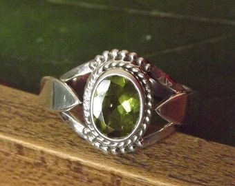 Peridot Ring Solid 925 Sterling Silver Pure Handmade Size: Variable (5, 6, 7, 8, 9, 10) Exclusive Budget Ring XL Size available