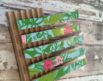 Limited Edition Decorative Clothespin Clips or Magnets, Lilly Pulitzer Later Gator Pattern, Set of 5, Lilly Pulitzer Clothespins