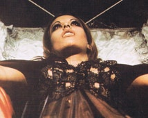 Honey From A Dark Hive   Movie posters minimalist, Classic horror movies, Vampire
