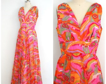 70s Maxi Dress/ 1970s Mod Print Dress/ Retro Pop Print Dress/ Womens Size Medium