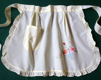 Vintage cotton yellow Pinny APRON with flowers - Roses and one pocket kitchen smock , frills