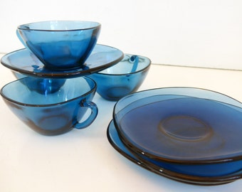 4 Vintage Blue Vereco Coffee Cups w/ Saucers - Vereco France (Set of 4) Blue Glass Coffee Cups - Vereco