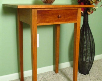 Shaker side table in Cherry