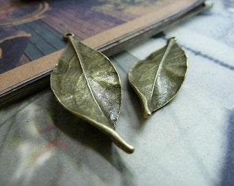 10pcs 15x48mm Antique Bronze Leaf Charms Pendants AC553