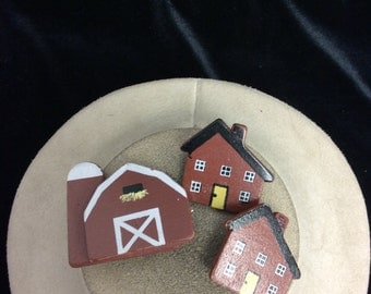 Vintage Barn Two Houses Wooden Pin Set