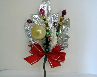 Vintage Christmas Corsage & Decorations