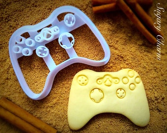 Game controller cookie cutter