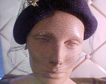 1940/50s Navy Felt Hat with Rhinestone  Ornament, also has  veil #H22