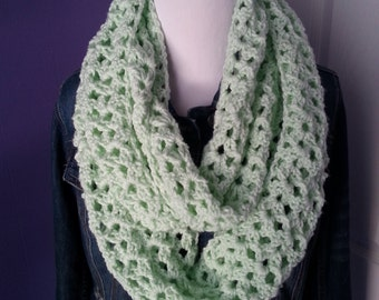 CLEARANCE!! Gretchen Crochet Infinity Scarf-Mint Green