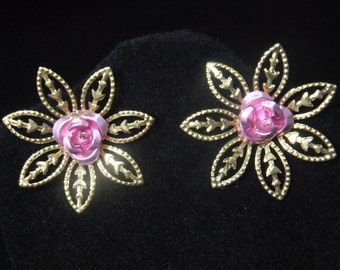 Gold Flower Stud Earrings with Pink Roses