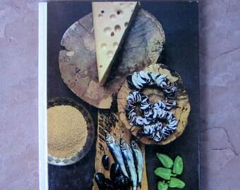 Foods of the World A Quintet of Cuisines Cookbook, Time Life Cookbook, vintage cookbook, Foods of the World cookbook
