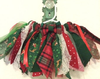 Baby girl Christmas tutu and headband set. Christmas scrappy tutu.