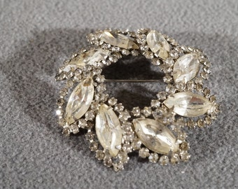 Vintage Art Deco Style Silver Tone Rhinestones Marquis Round Pin Brooch Jewelry    K