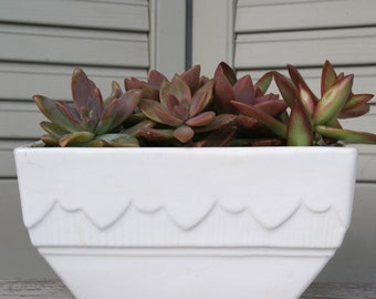 White USA Pottery Planter, Dish Garden, Succulent Planter