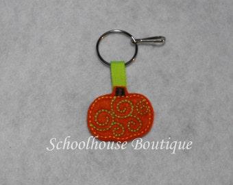 Swirl Pumpkin Felt Zipper Pull, Felt Keychain Fob, Felt Key Ring, Felt Key Fob, Purse Accessory, Luggage Tag