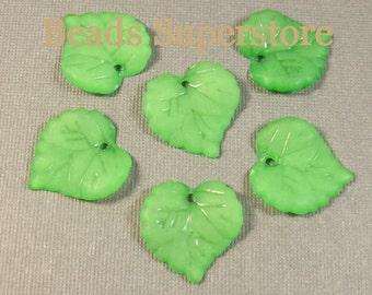 15 mm x 16 mm Green Lucite Leaf Bead / Pendant - 20 pcs