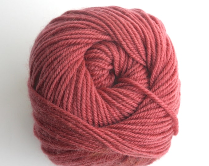SALE***Staples 8ply / DK - 239 Just Peachy 100g  - 100% Merino - 177m/100gm