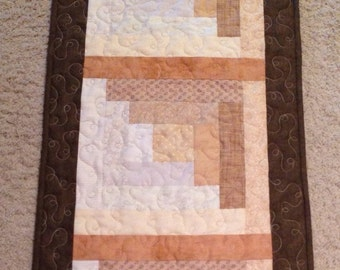White Chocolate Log Cabin Quilted Table Runner