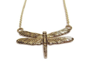 A14: Silver Chain with Dragonfly Pendant