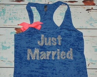 Just Married Shirt. Honeymoon Shirt. Bride Tank Top. Bride Tank Top. Bridal Shirt. Just Married. Honeymoon. Wedding shirt. Bride shirt.