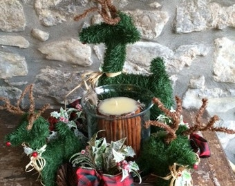Christmas Candle Wreath with Reindeer