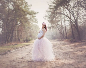 Camellias tule skirt   / maternity gown / maternity dress / maternity shoot/ photography