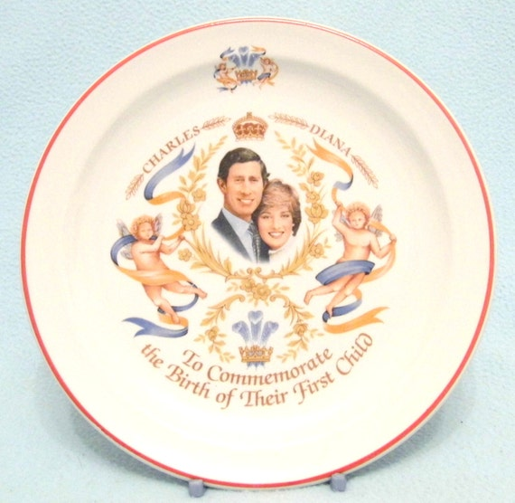 Vintage Collectible English Royalty Plate Celebrating Birth of Charles and Diana's First Child, Decorative Plate, 1980s, Unusual Theme