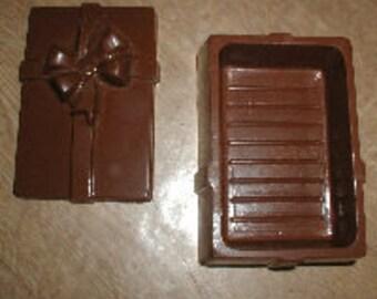 Rectangular Gift Pour Box Chocolate Mold
