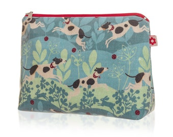 Hector Oilcloth Washbag by Susie Faulks/ Bag/ Oilcloth Bags/ Made in England/ Make Up Purse/ Terrier/ Jack Russell/ Parson Russell/ Dog