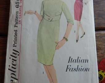 Simplicity 5178 Vintage Italian Fashion dress pattern Size 9