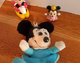 Set of 3, vintage Minnie Mouse toys.