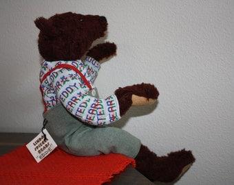 Eddie Bear made by Linda Spiegel