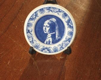 Miniature delft plates (3)