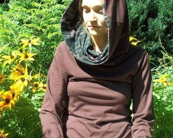 Cowl Hood Pixie Shirt Jerseyshirt in bordeaux with violet leopard lined cowl neck hood