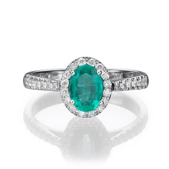 emerald gemstone engagement rings green emerald